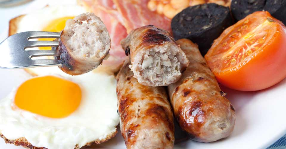 fried breakfast with deleco sausages